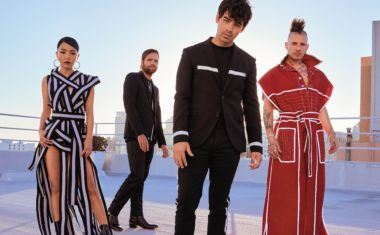PEOPLE (TO PEOPLE), GET SET TO DNCE