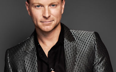 TIM CAMPBELL TO SERVE UP 'ELECTRIFYING '80S'