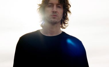 DEAN LEWIS CONFIRMS SUMMER TOUR