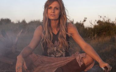 KASEY CHAMBERS FOR ARIA HALL OF FAME
