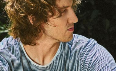 DEAN LEWIS CONFIRMS DEBUT ALBUM, TOUR