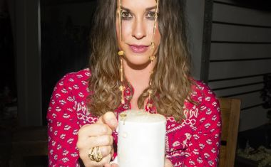 ALANIS MORISSETTE ADDS MELBOURNE, PERTH SHOWS