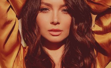 IT'S THE 'LAST NIGHT' FOR RICKI-LEE